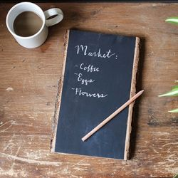 These chic DIY Chalkboard Note Tablets will put your paper to-do list to shame!