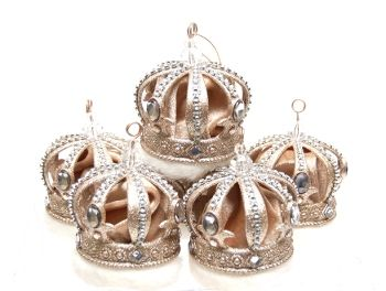 31 best crown christmas ornaments and decor images on for Christmas crown decoration