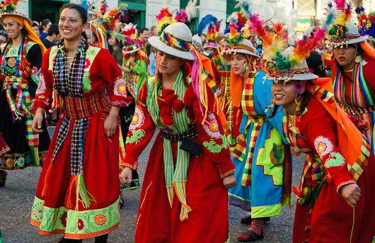 El thinku es un ritual preincaico que se practica anualmente durante varios días en las comunidades de la región del norte del departamento de Potosí, en el sur del departamento de Oruro en Bolivia y en el sur de Perú.