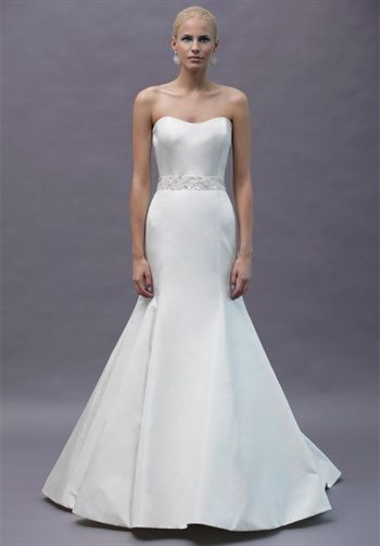 beautiful wedding gown,   fit-n-flare strapless    #wedding #gown #dress
