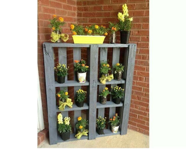 17 best images about diy plant stands on pinterest plant for Diy wall plant holder
