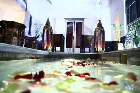 Sjekk ut dette utrolige stedet på Airbnb: Riad Dar Nakous i Marrakesh