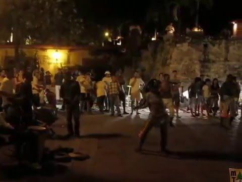 VIDEO | Street Dancers | Cartagena, Colombia | #travel #Colombia | Gallery @ https://www.flickr.com/photos/haluzman/albums/72157635934923036