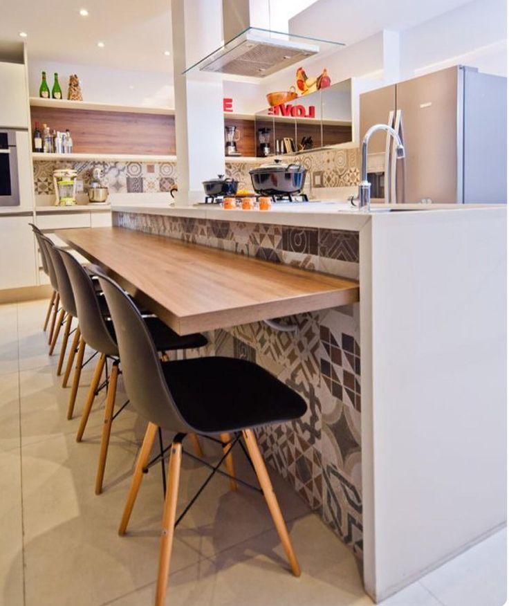 Cozinha gourmet despojada e alegre  {Projeto: Adoro Arquitetura}