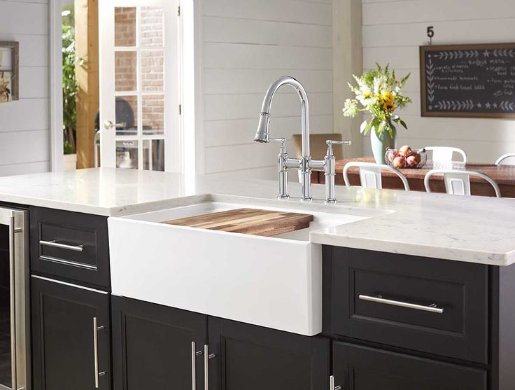 Elkay Fireclay X X Double Bowl Farmhouse Sink White With Aqua Divide