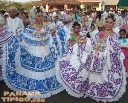 Resultado de imagen para traje tipico de tlaxcala