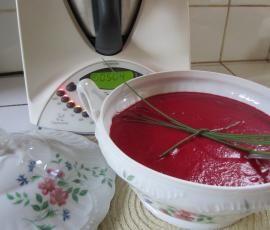 Recette Velouté Vermillon (à la betterave rouge) par Jolynoise - recette de la catégorie Soupes