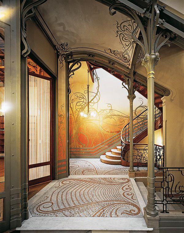Hotel Tassel in Brüssel. Eingangshalle mit Jugendstil Ornamenten verziert wurde, Foto © Prestel