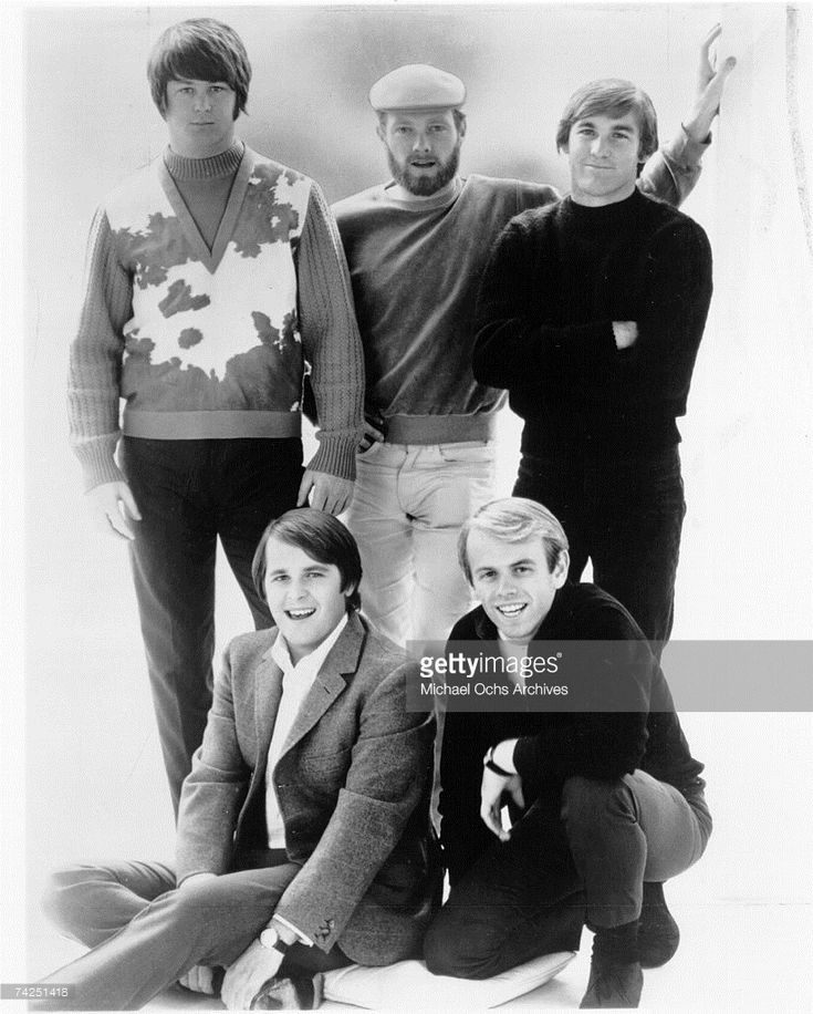 Rock and roll band 'The Beach Boys' pose for a portrait in circa 1966. (L-R) Brian Wilson, Mike Love, Dennis Wilson, Al Jardine, Carl Wilson.