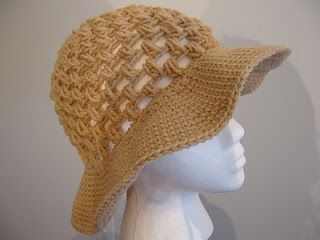 floppy sun hat pattern... just made this! & love it! love how stiff the brim is, not overly floppy ;) (i used the f hook like she suggested)