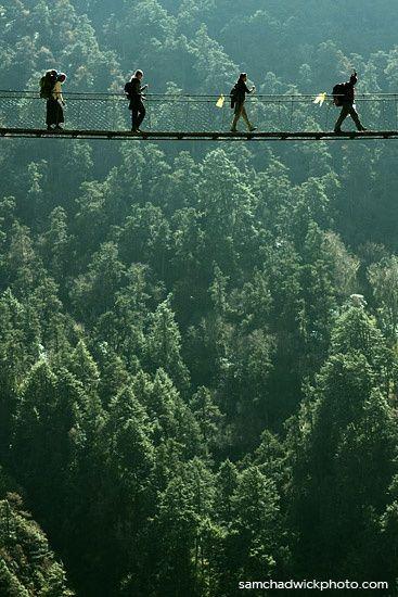 ~ Randonée au Népal ~ Langtang Valley, Nepal ~ via @marionpoupot