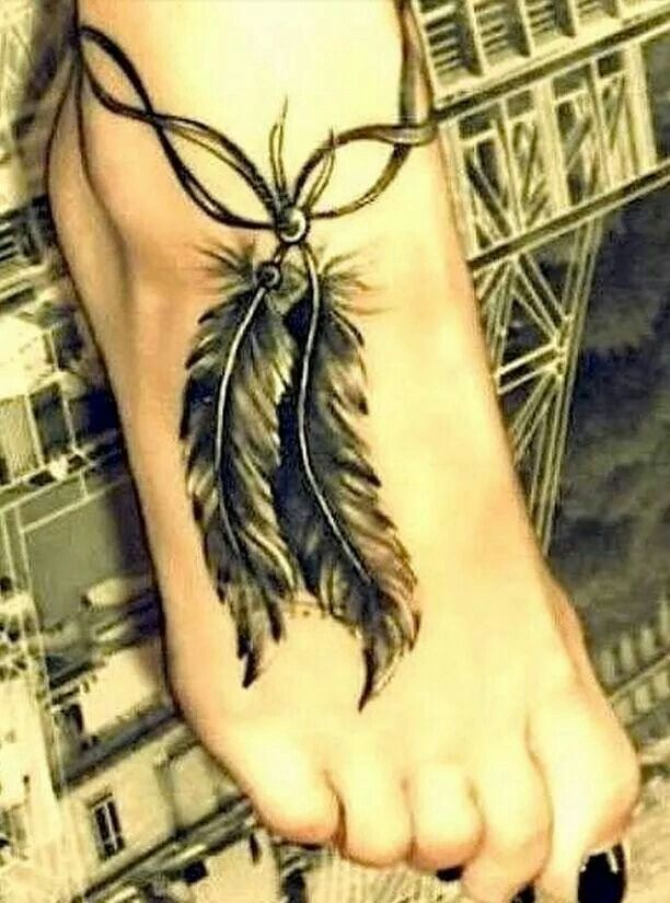 Ankle/foot feathers
