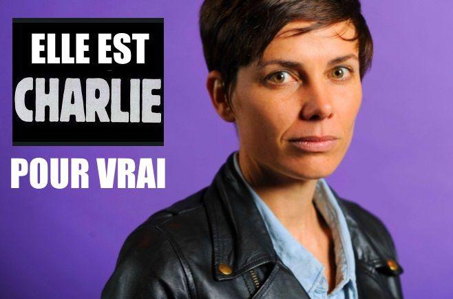 Elle était dans la salle de réunion au moment du carnage.  Voici plus d'une heure que la conférence de rédaction de Charlie Hebdo a commencé lorsque les terroristes font irruption dans les locaux du journal.   Très vite, l'un des tireurs entre dans la salle de réunion, demande « Qui est Charb ? », et lance : « Vous allez payer, car vous avez insulté le Prophète », avant de se mettre à tirer. « Au deuxième coup de feu, je me suis jetée à terre. Là, j'ai entendu les autres tirs, des rafales…