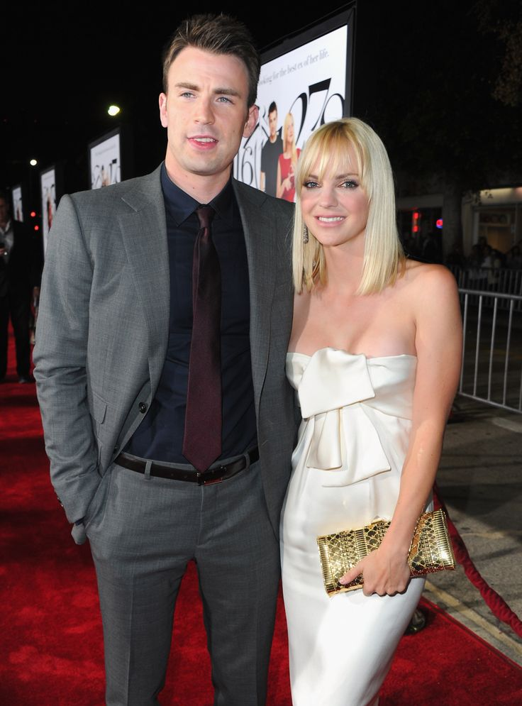 Anna Faris and Chris Evans pose together at the LA premiere of What's Your Number.