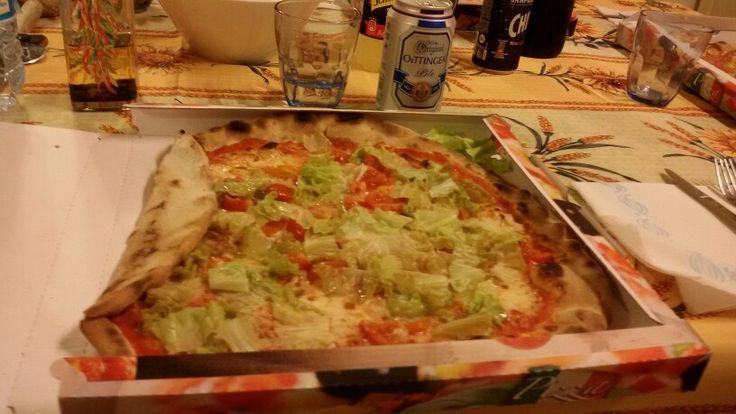 "18.3.'16 6,20 > 9,50PM #itsfridaybitches #studypostdinner #chips patatine tortillas & pre #pizza from @ bin. Athome @ 99❤+ M.Marina&A.; #mozzarella cheese tomato #thinbase pomodoro ""Mediterranea"" 5,50$ avec tomato pomodorini insalata salad only, 1 280gr #spicyoil olio piccante✌ #redwine vino rosso 'Bonarda' & #beer . #dessert  #sweet cake"" torta avec #jam marmellata marmelada #apple mela #crust #ff"