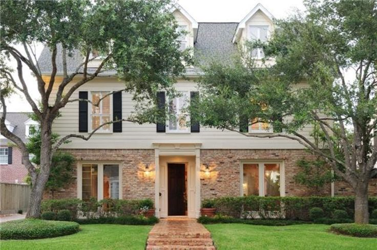 See more project details for Exterior Paint Job by A1 Painting of Houston including photos, cost and more.
