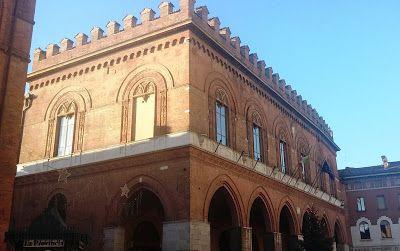 Frammenti di storia cremonese: Cremona Medioevale - Palazzo Comunale e Battistero...