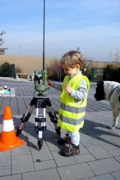 3 Ways This Community Can Help Professional Development - Land Surveyors United