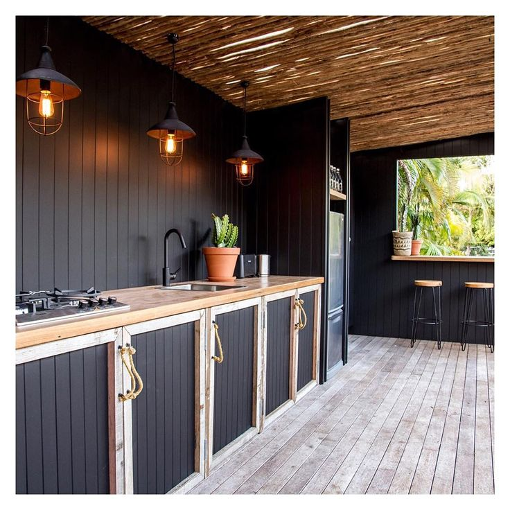 Hiding away from the winter rain under the shade shack at Albatross. See you tomorrow sunshine. #outdoorliving #eatoutside #winter #thealbatrossinn @insideoutmag #sharemystylekitchen