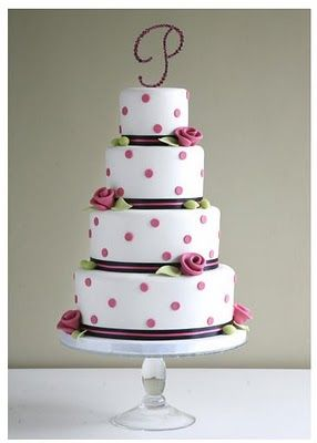 Simple and sweet.   Almas Weddings: Romantic and Fancy Wedding Cakes