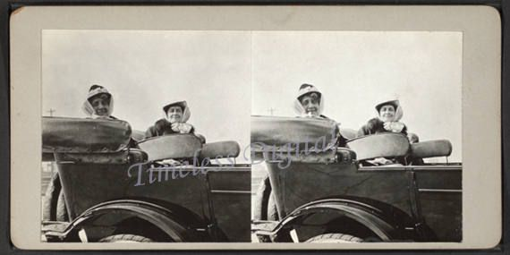 Vintage Women in Touring Car Stereographic Illustration