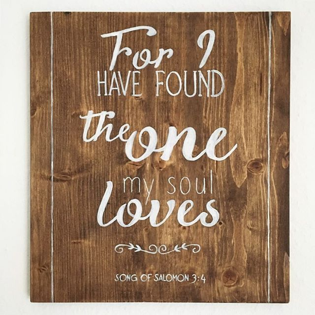 Den Einen Zu Finden Den Man Mit Ganzer Seele Liebt Das Ist Schon Etwas Ganz Besonderes Das Holzschild Habe Ich Zu Hochzeitsgeschenk Hochzeit Diy Hochzeit