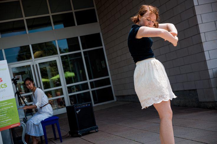 Public Pianos and Pretty Dancing