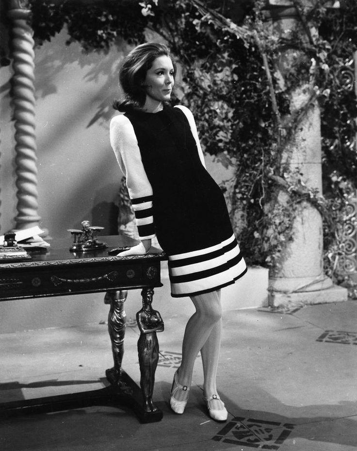 Mrs Peel - smartly dressed
