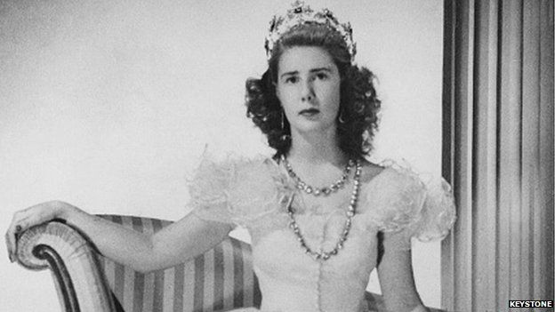 bbc: María del Rosara (Cayetana) Fitz-James Stuart y de Silva, 18th Duchess of Alba, shown here in 1947, has died of pneumonia at the age of 88 (March 28, 1926-November 20, 2014). The colorful duchess, holder of more than 40 titles and reputed to be one of the richest women in the world, was married three times; she is survived by her much younger third husband and six children. Her eldest son Carlos Fitz-James Stuart, will become the 19th Duke of Alba.