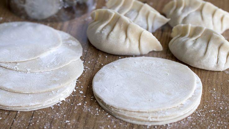 Como hacer Pasta para Gyoza, Empanadillas Chinas y Dumplings| Masa para ...