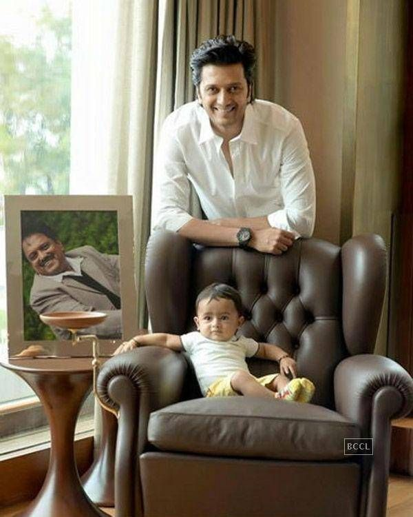 Celebs & their kids! Photogallery - Times of India