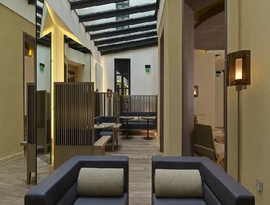 Hotel de Nell, Paris 9 Arr. Hall