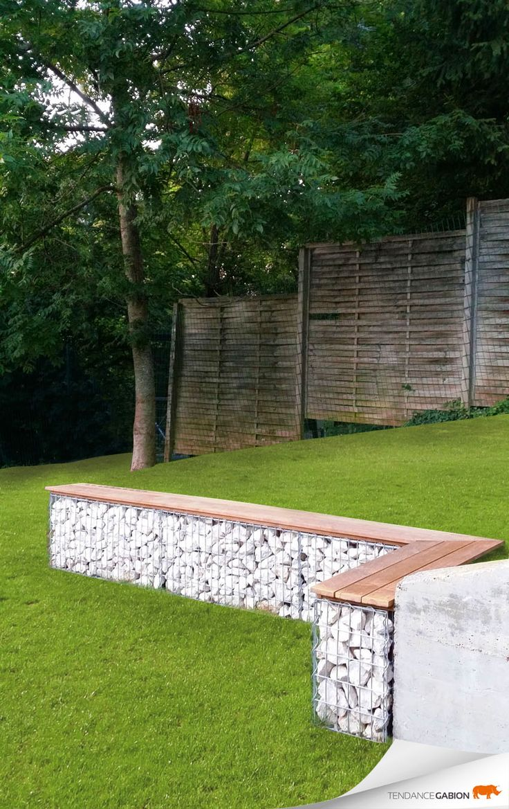Gabion wall garden bench landscaping pinterest for Decoration jardin gabion