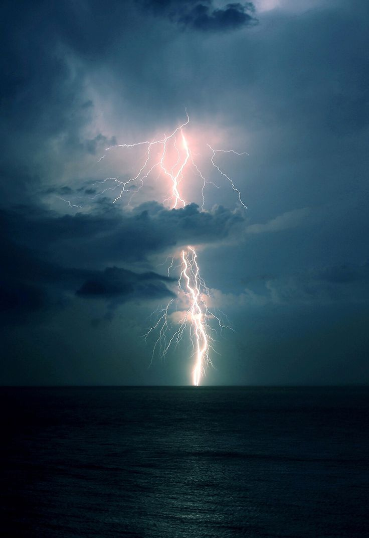 Thunderstorms And Tornadoes 116 best thunderstorms, tornadoes and lightning images on