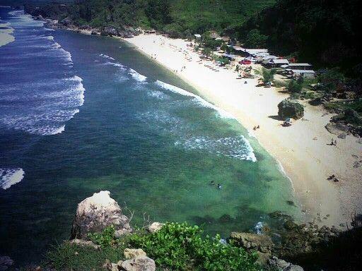 Beach poktunggal yogyakarta