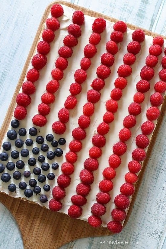 This Flag Cake Fruit Pizza will be the hit of your Fourth of July festivities