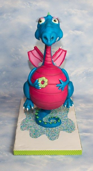 Dragon cake. This is a workshop that Wendy Schlagwein teaches in The Netherlands.