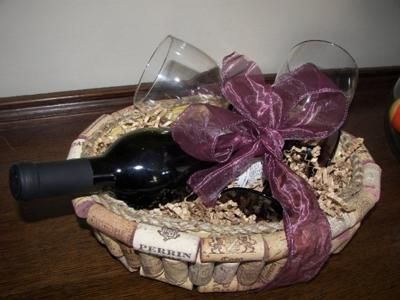 DIY Wine Cork Gift Basket...how cool is this?!?!  @KD Eustaquio Crooker @alexandria nagel Duggan