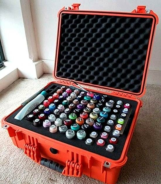17 best images about mobile nail salon ideas on pinterest for Mobile nail technician table