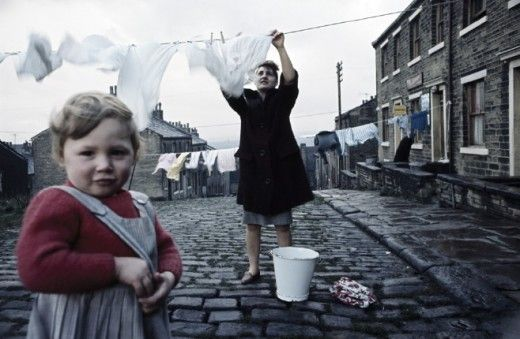 COLOUR PHOTOGRAPHS OF THE NORTH OF ENGLAND, 1960S – 1970S, BY JOHN BULMER See link for more pics and info: http://www.retronaut.co/2010/10/john-bulmers-north/ Sally ... Love the second one!
