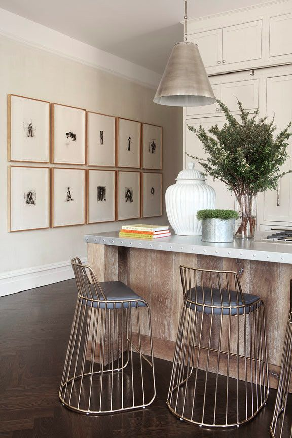gallery wall + kitchen island seating