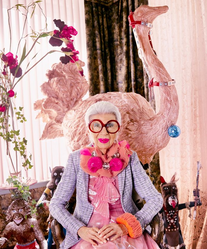 Iris Apfel and her round glasses! Find yours on http://www.smartbuyglasses.co.uk/designer-eyeglasses/general/-Women-Round---------------------