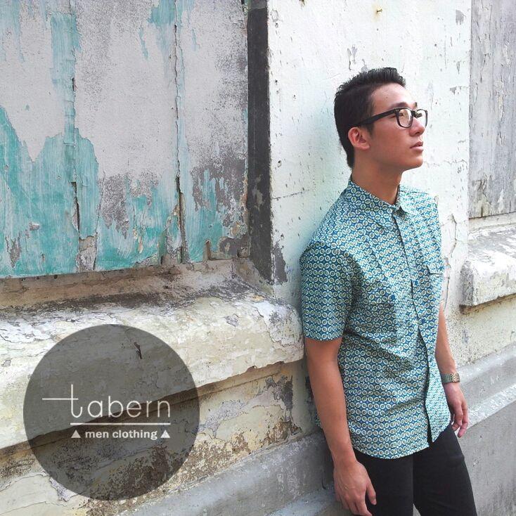 Type: Bryan Size: M, L, XL  #batik #slim #men #pria #casual #baju #outfit #kemeja #kemejapria #atasan #batikpria #batikslim #batikfashion #fashion #top #jual #menstop #indie #limited #tidy #nerd #looks #young #style #stylish #gaya #muda  visit instagram: @tabern_clothing