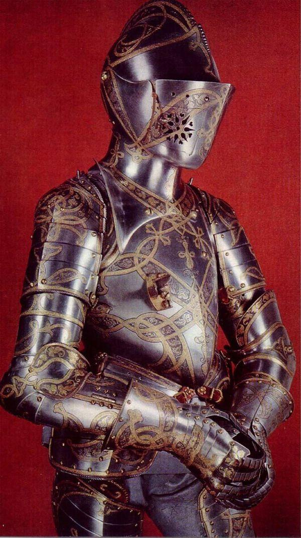essay on medieval wepons