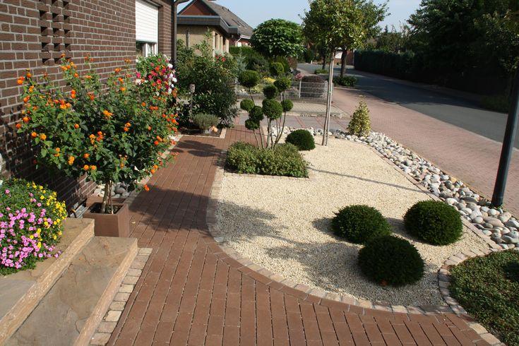 Pflegeleichter vorgarten gartengestaltung pinterest for Gartengestaltung pinterest