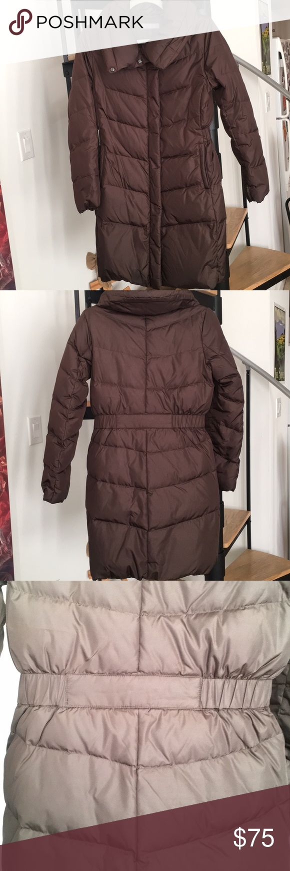 SOLD🚫Uniqlo brown down puffer coat elasticated Down