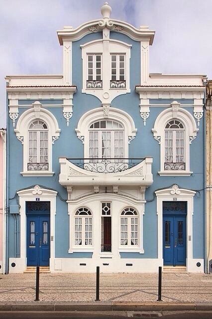 Casa do Rossio Modernismo , Aveiro Portugal