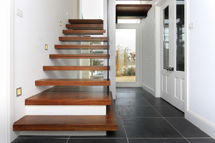 Interior entry and floating stairs