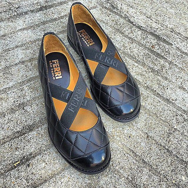 5904986d0 FERRI conforto em formas clássicas !!! #couro #inverno #manufatura  #shoesdesign #ferrihigienopolis #ferrimorumbi #ferrivi… | Sapatos,  sandálias e botas ...