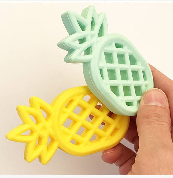 Silicone Teether Pineapple Size : 84*45*13 mm Color Mint / Yellow Baby Teething Beads BPA Free Food Grade Silicone Teething Beads Silicone Baby Teething Beads The silicone teething beads is mainly necklace jewelry product for teething baby and nursing mom